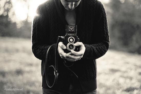 camera-man refocus